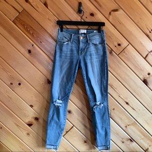 Frame Le Skinny De Jeanne Distressed 25 Jeans